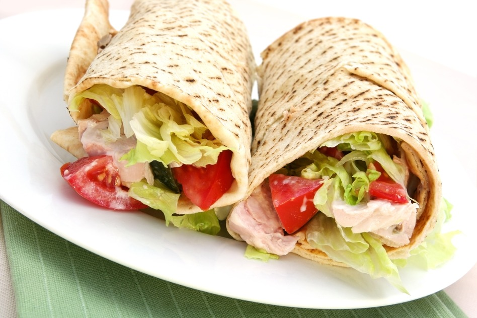 photodune-1161136-chicken-wrap-s