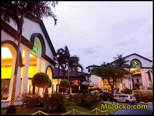 Buffet-Ramadhan-Tropicana-1-1