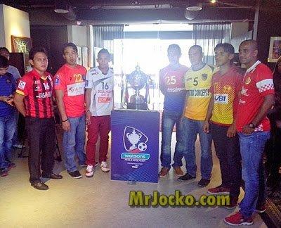 Pelancaran Kad VIP Watsons Piala Malaysia 2013