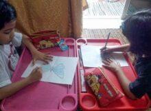 kelas melukis anak-anak di rumah