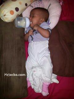 Punca Bayi Tersedak Susu