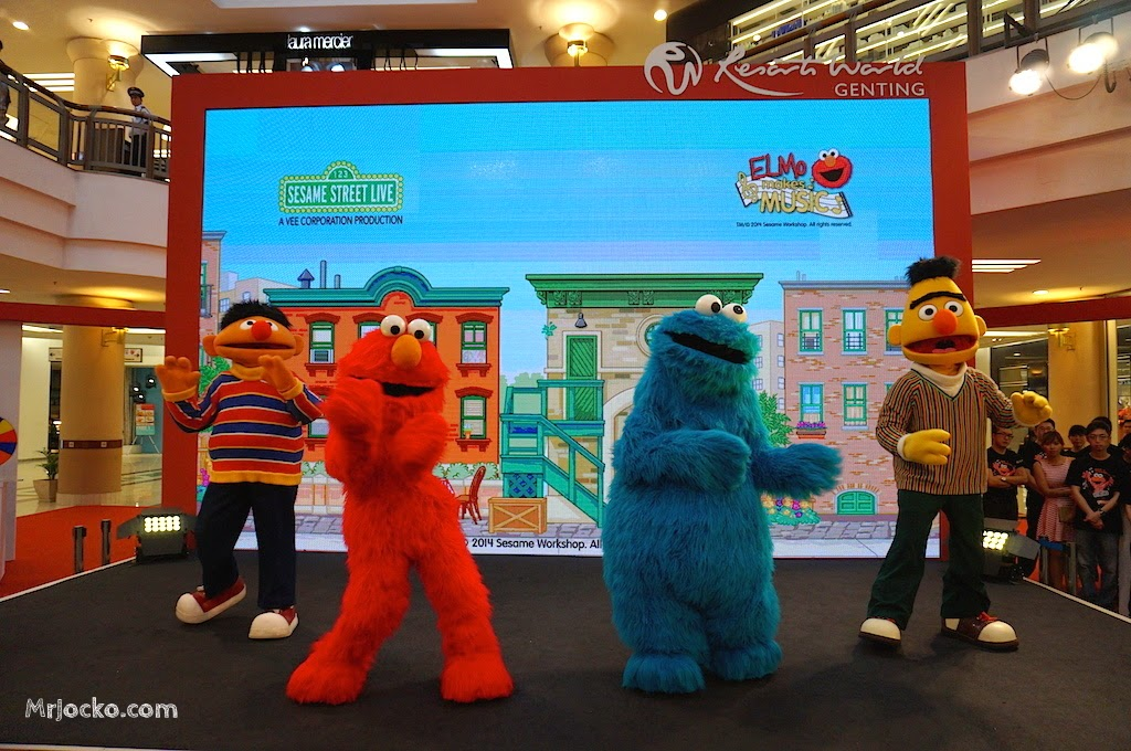 Elmo-Makes-Music-Genting-Highlands-01