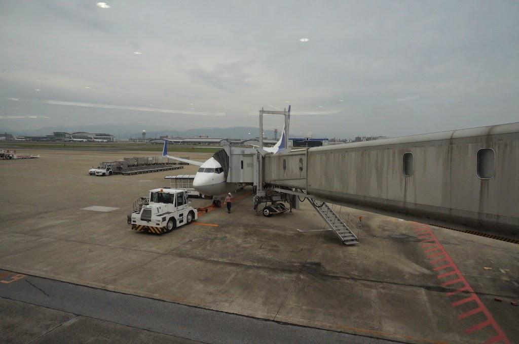 Fukuoka-Airport-Japan-03
