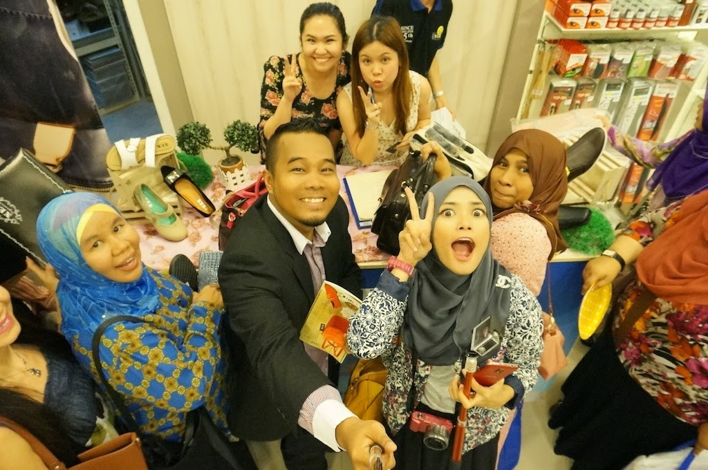 Grand Opening XES Premium Boutique Quill City Mall