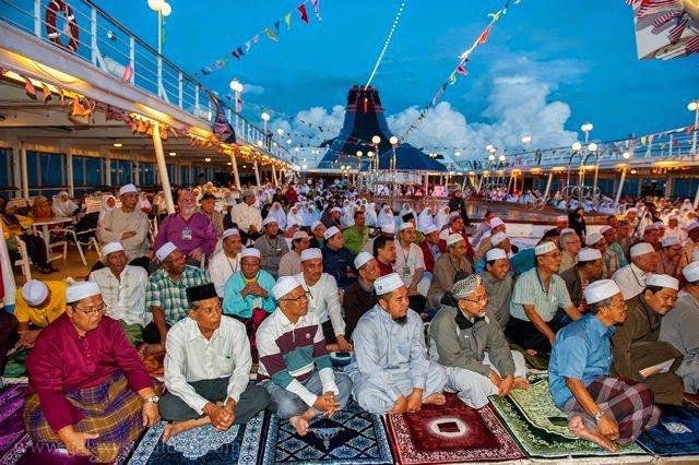 Pelayaran Islamik Yang Pertama