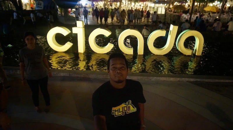 Cicada Night Market Di Hua Hin Pasar Malam Terbaik Thailand