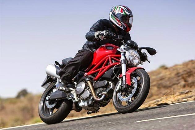 Aksesori Wajib Untuk Pemanduan Motosikal Berkuasa Tinggi
