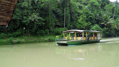 tempat menarik di Bohol 11 Loboc Cruise