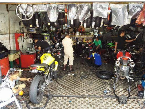 Kos Tukar Tayar Motosikal : Ducati 795