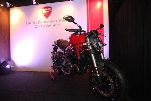 Dovizioso dan Iannone Ducato Monster 821