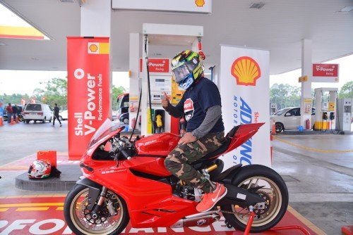 shell_malaysia_ducati_rider_motogp_15