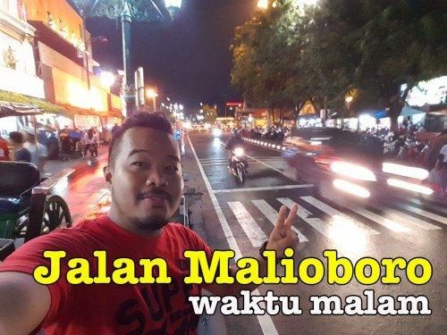 Pemandangan Jalan Malioboro Yogyakarta Di Waktu Malam