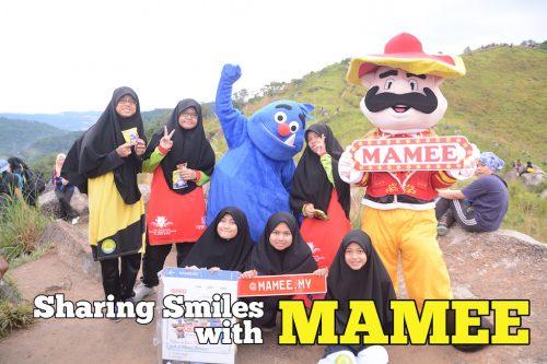 Sharing Smiles With Mamee Tarik Lebih 500 Orang Di Broga Hills