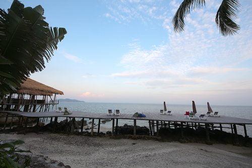 pakej-resort-rawa-island