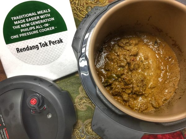 masak rendang tok perak guna philips all-in-one
