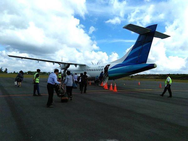 Pengalaman Naik Garuda Airlines Di Lapangan Terbang Silangit Sumatera