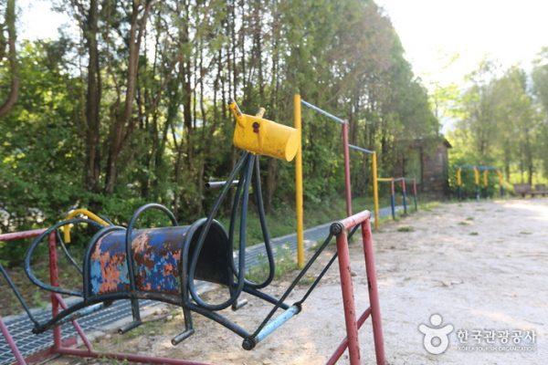 Jeongseon Arirang School 1