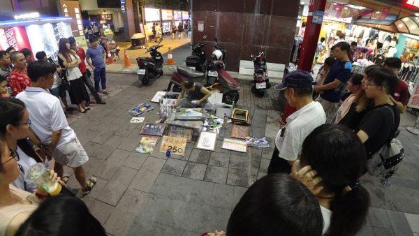 Shopping Di Ximending Night Market Taipei Banyak Yang Murah Murah