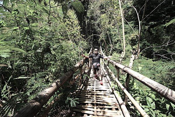 Cerita Pengalaman Daki Bukit Perkampungan Wae Rebo Indonesia