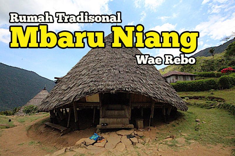 rumah-tradisional-mbaru-niang-wae-rebo-02-copy