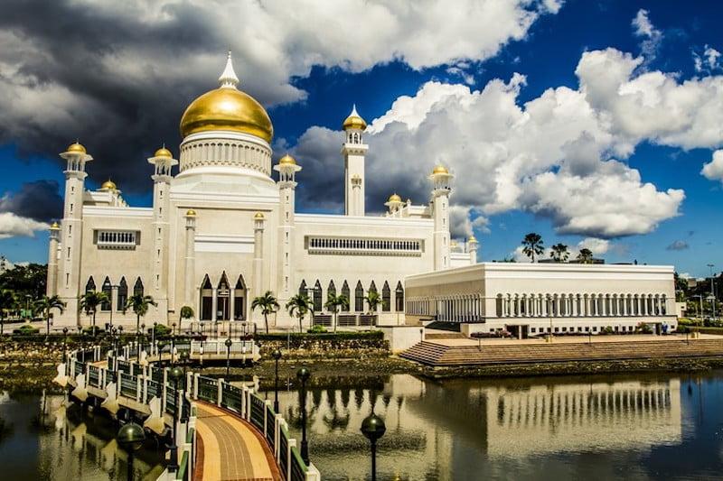 Masjid Omar Ali Saifuddien Brunei Darussalam