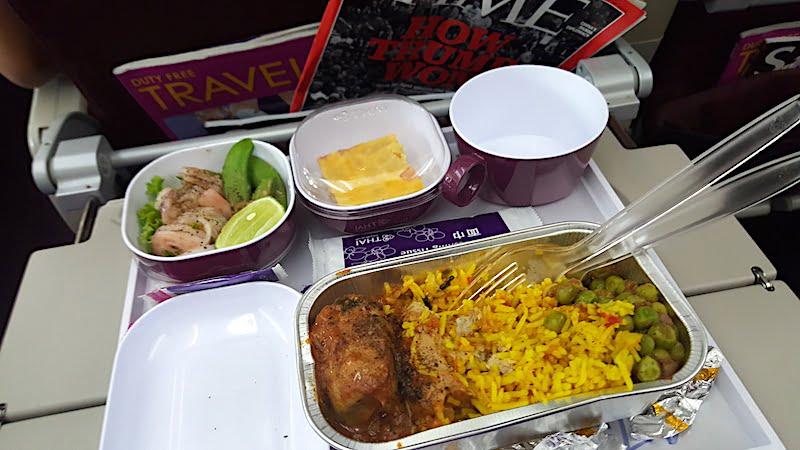 Pengalaman Terbang Bersama Thai Airways Dari Suvarnabhumi Ke KLIA