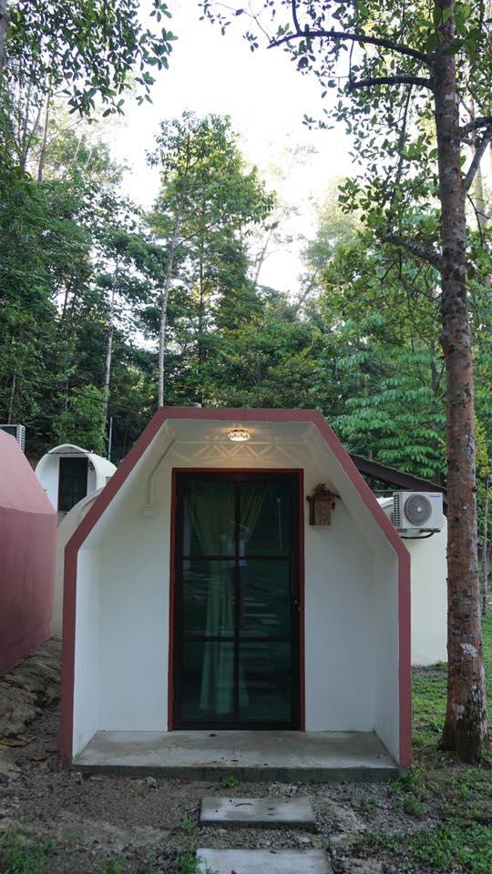eco_capsule_resort_teluk_bahang