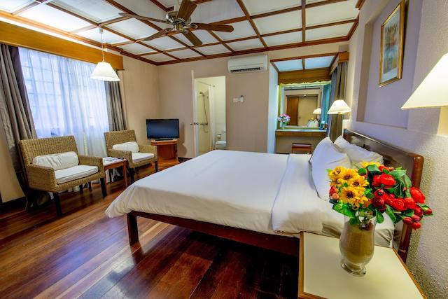 Hotel Review Berjaya Tioman Resort 11