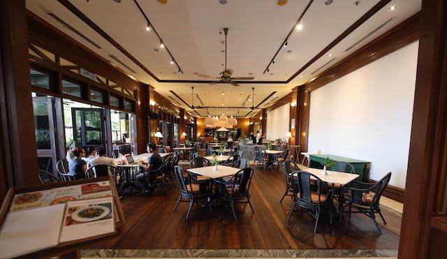 hotel review palm beach resort labuan 02