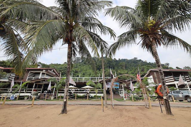 hotel review the barat tioman kampung juara 03