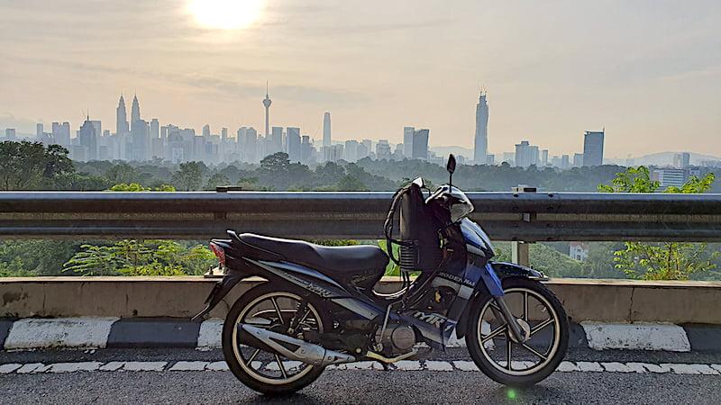 Pemandangan KL Dari Bukit Changkat Tunku 02
