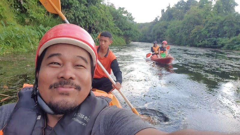 Nhan Moddang Kayaking 02