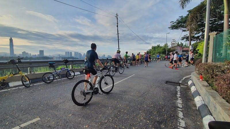 Kayuh Basikal Lipat Mendaki Mayor Hill Bukit Tunku KL 04