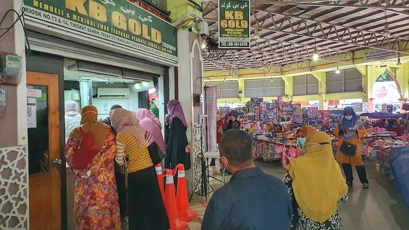 Pasar-Besar-Siti-Khadijah-Kota-Bharu_10
