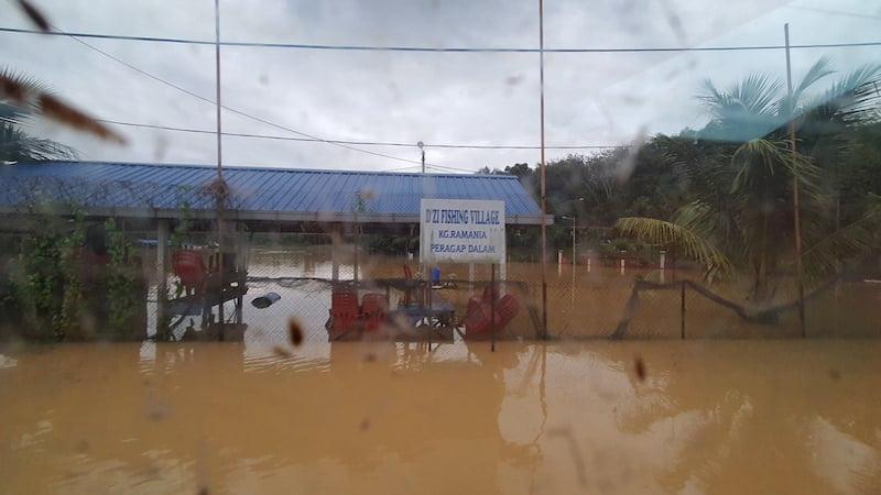 Misi-Bantuan-Mangsa-Banjir-Kuala-Lipis-Pahang-2021-19